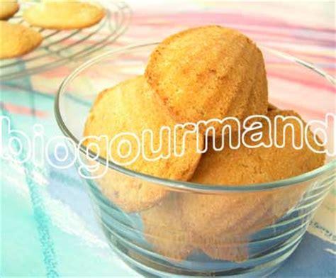 cuisiner sans oeufs recette de madeleines sans gluten à la farine de riz