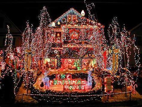 Crazy Christmas Lights 15 Extremely Overthetop Outdoor