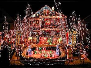 Crazy Christmas Lights: 15 Extremely Over
