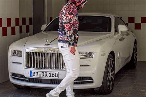El bugatti chiron hace su debut en el salón de ginebra y, sin duda, es una de las mayores estrellas de la muestra. Benzema viu Bugatti Chiron de CR7 e não resistiu a comprar um! - Actualidade - Aquela Máquina
