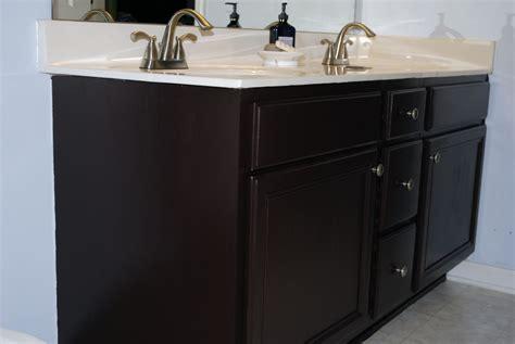 Paint Bathroom Cabinets 2017