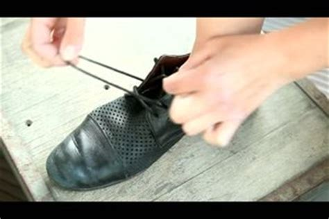 video schnuersenkel einmal anders binden