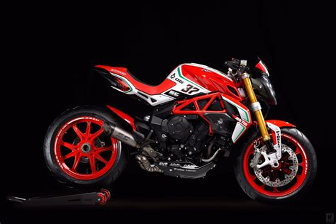 Review Mv Agusta Dragster by The Limited Edition Mv Agusta Dragster 800 Rc Is