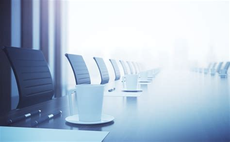 Removing directors of a company who serve shareholders