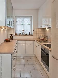 Kleine Küche Mit Viel Stauraum : einbauk chen kleine k che ~ Bigdaddyawards.com Haus und Dekorationen