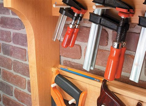 wall mounted tool rack woodworking project woodsmith plans