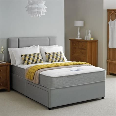 the most impressive beds for small bedrooms ideas