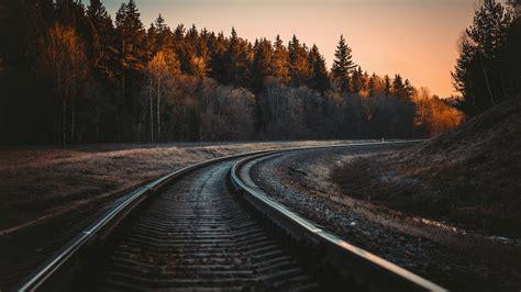 train rail  laptop full hd p hd