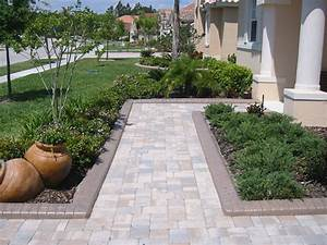 Different Takes on Landscape Edging Idea Landscaping