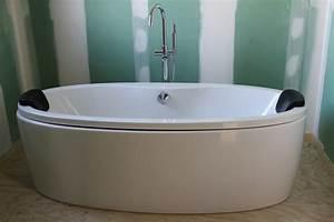 Baignoire A Poser : baignoire poser ~ Edinachiropracticcenter.com Idées de Décoration