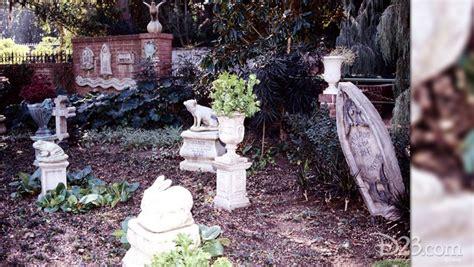 disneylands pet cemetery