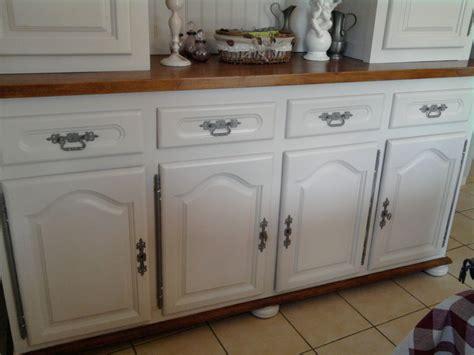 repeindre une chambre en 2 couleurs comment peindre un meuble ancien 4 peindre meuble en