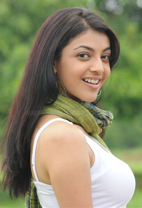 Kajal Agarwal Hot Sexy Spicy Unseen Cute Latest Navel