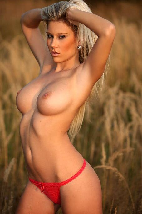 Perky Naked Tits Take Your Breath Away Outdoors With A Hot
