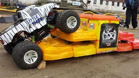 rc monster truck freestyle 2013 rc monster truck challenge world finals race recap