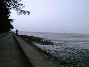 Boom Beach, Tuban, East Java, Indonesia - Photo de Boom ...