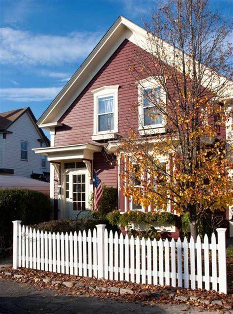 picket fences   houses restoration