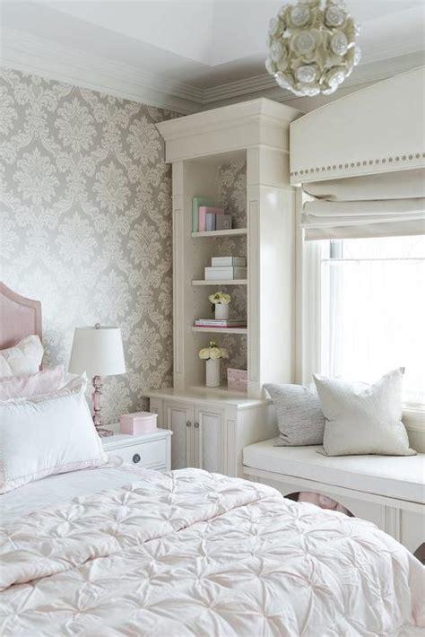blush pink velvet bed  gray damask wallpaper