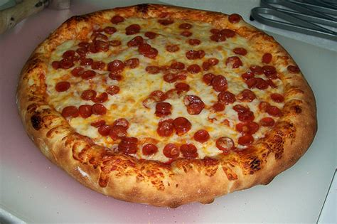 thick crust pizza thick crust pizza flickr photo sharing