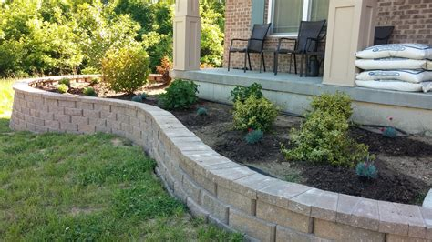 Garden Retaining Wall by Ideas For Retaining Wall Landscaping Walsall Home And Garden