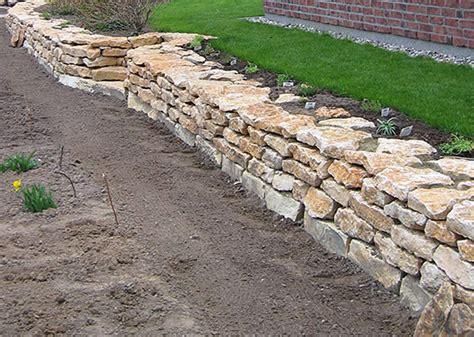Gartenmauern Aus Naturstein by Naturstein Garten Terrasse Aus Marmor Granit Rostock