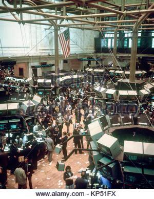 floor l new york city 1980s interior trading floor of the new york stock exchange stock photo royalty free image