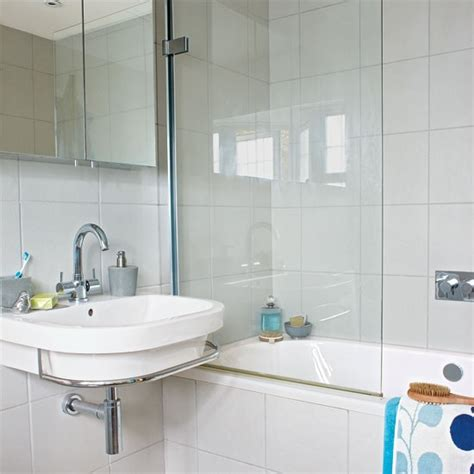 Modern Bathroom Budget by En Suite Bathroom Ideas Housetohome Co Uk