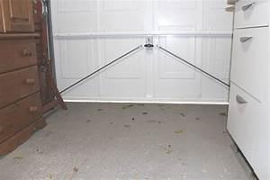 Garage Gap : gap under garage door causing a draught the thrifty squirrels ~ Gottalentnigeria.com Avis de Voitures