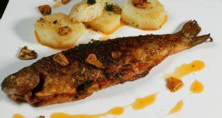 receta de anguila  patatas   pebre karlos