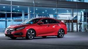 2017 Honda Civic Touring Sedan Wallpaper HD Car
