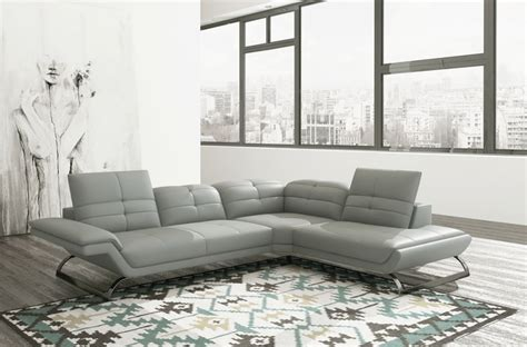 canape cuir 5 places canap 233 d angle en 100 tout cuir italien 5 places moderni gris clair pastel pieds gris chrom 233