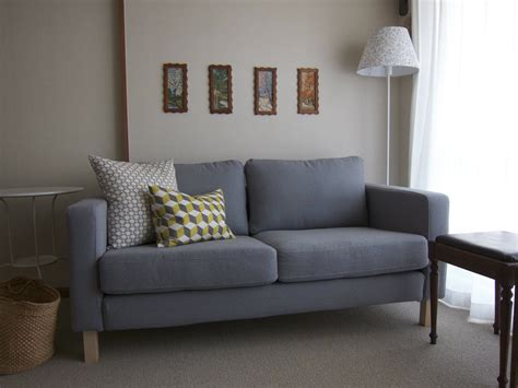 toland sofa and loveseat reviews karlstad sofa review the ikea karlstad sofa collection