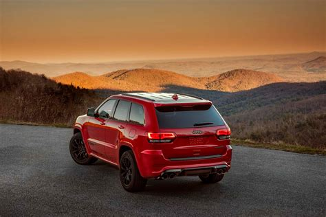 Jeep's Most Expensive Model Yet Is The 2018 Grand Cherokee