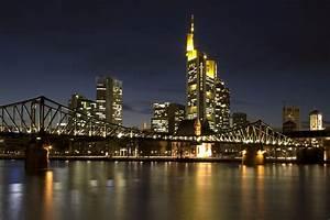 Skyline Frankfurt Bild : frankfurt skyline foto bild architektur architektur bei nacht motive bilder auf fotocommunity ~ Eleganceandgraceweddings.com Haus und Dekorationen