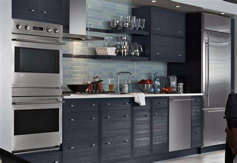 wall kitchen