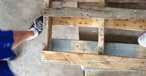 31 Rustic Diy Home Decor Projects: Kristina's Korner: DIY Rustic Pallet Mail Holder Or Spice Rack