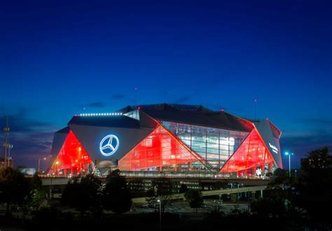 Tour the stadium and learn about the amb group's greatest technological. Achieving Holistic AI Operations - Mercedes-Benz Stadium - 11/5/2019 | AccuOSS