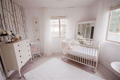 papier peint pour chambre bebe fille nouveautés déco dans la chambre de bébé trouver des