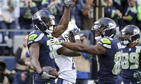 seattle seahawks pull  synchronized touchdown dance