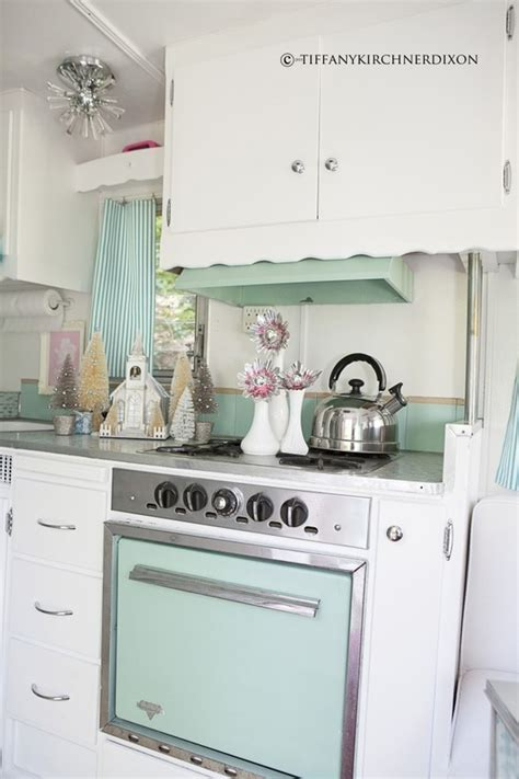 antique kitchen cabinets 516 best images about airstream on airstream 6259