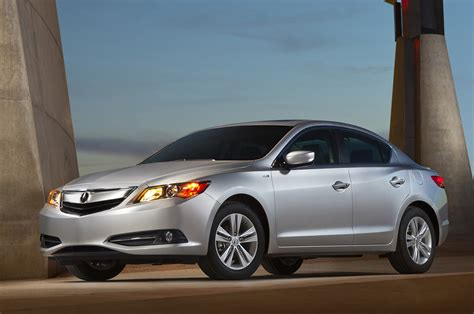 priced 2014 acura ilx hybrid msrp at 29 795