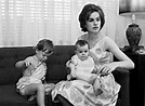 Marina Oswald with children June and Rachel