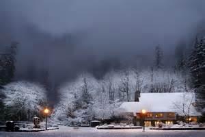 Multnomah Falls Oregon Winter