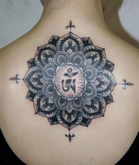 idees tatouage mandala bien  quun simple tattoo