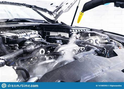 Dettagliare Dell'automobile Motore Di Pulizia Di Lavaggio Dell'automobile Automobile Di Pulizia ...