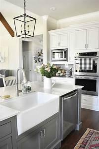 25, Gorgeous, Kitchens, With, Farmhouse, Sinks