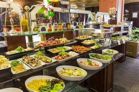 buffet cuisine buffet restaurant picture of park santiago
