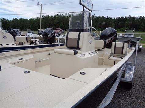 New Center Console Fishing Boats by 2016 New Lowe Boats 20 Bay Center Console Fishing Boat For