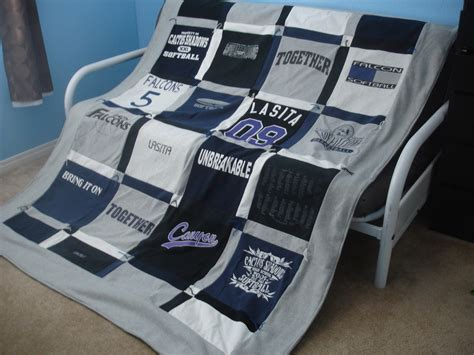 how to make a t shirt quilt alex haralson t shirt quilt how to make your own