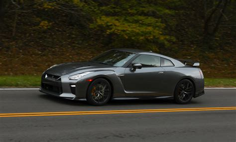 Nissan Gtr : 2018 Nissan Gt-r Given ,000 Price Cut